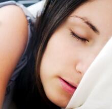 いびきは危険信号 気になる人は医師に相談を