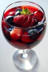 イチゴやブルーベリーが心臓病を防ぐ 果物と野菜は健康生活の必需品