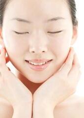 冬の肌の手入れ 簡単にできるケアで乾燥肌を緩和