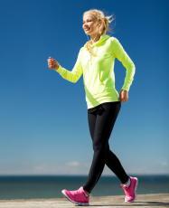 ウォーキングの歩数を増やすと死亡リスクが半減 あと1,000歩多く歩こう