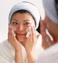 化粧に健康寿命を延ばす効果 化粧が高齢者の「生きがい」を増進