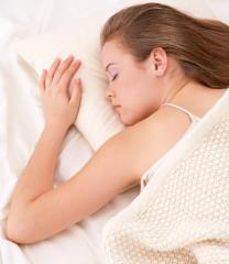 休日の寝過ぎが体調不良の原因に 休日明けの「社会的時差ぼけ」を解消