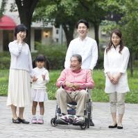 日本でも「健康の社会格差」が拡大 10項目の対策で社会格差を是正