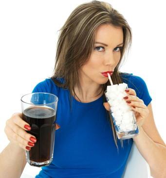 高カロリー飲料に課税 野菜や果物の価格を下げればリスク減少