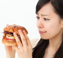 食塩と脂肪の多い食事が「食欲亢進」を引き起こす 高血圧と肥満を予防
