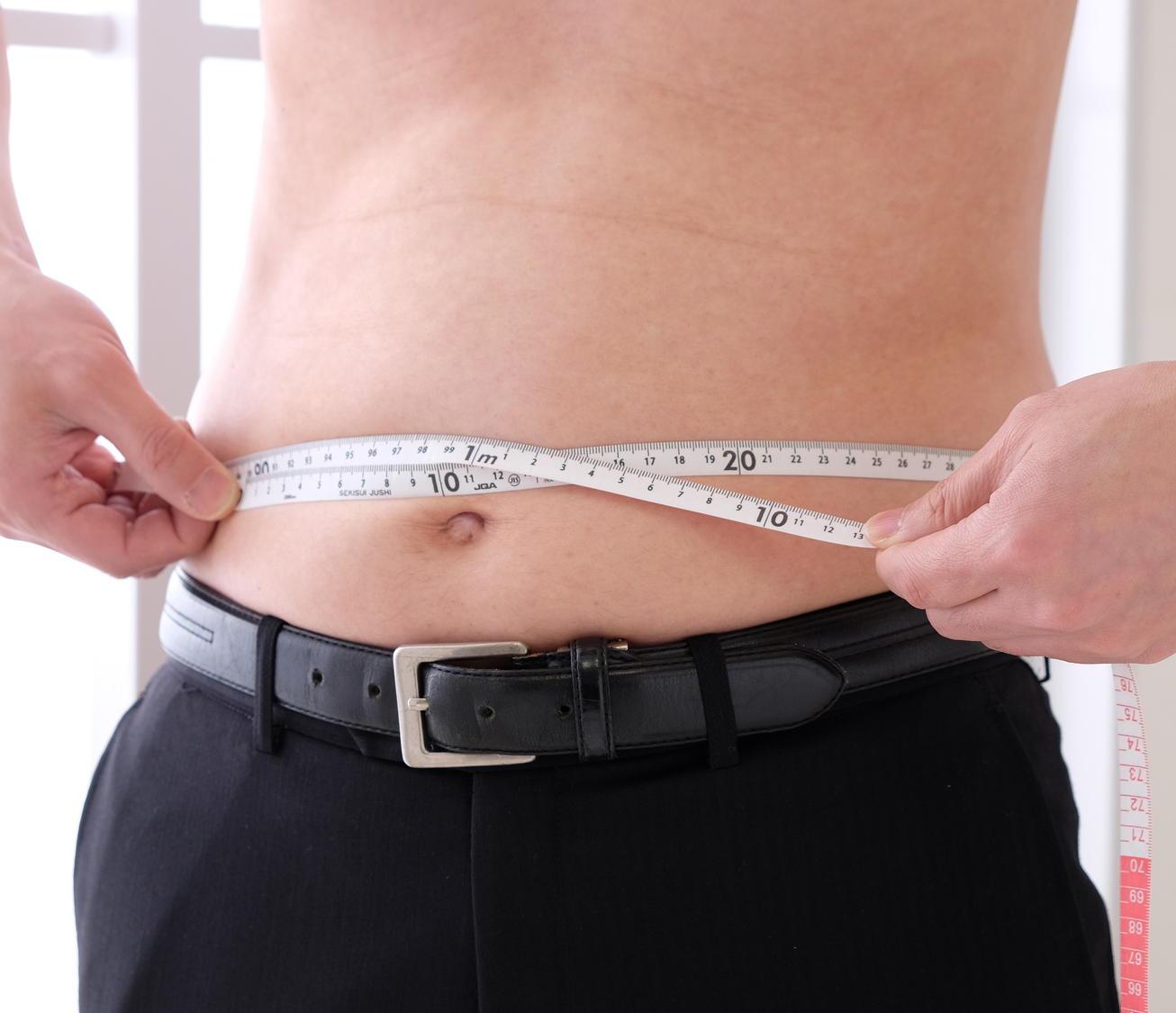 特定健診の受診率は48.6% 健保組合などで高い伸び率 腹囲は見直し