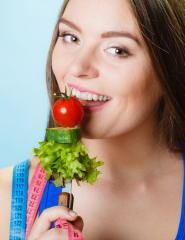 トマトはオリーブオイルで効果倍増 中性脂肪やコレステロールを低下