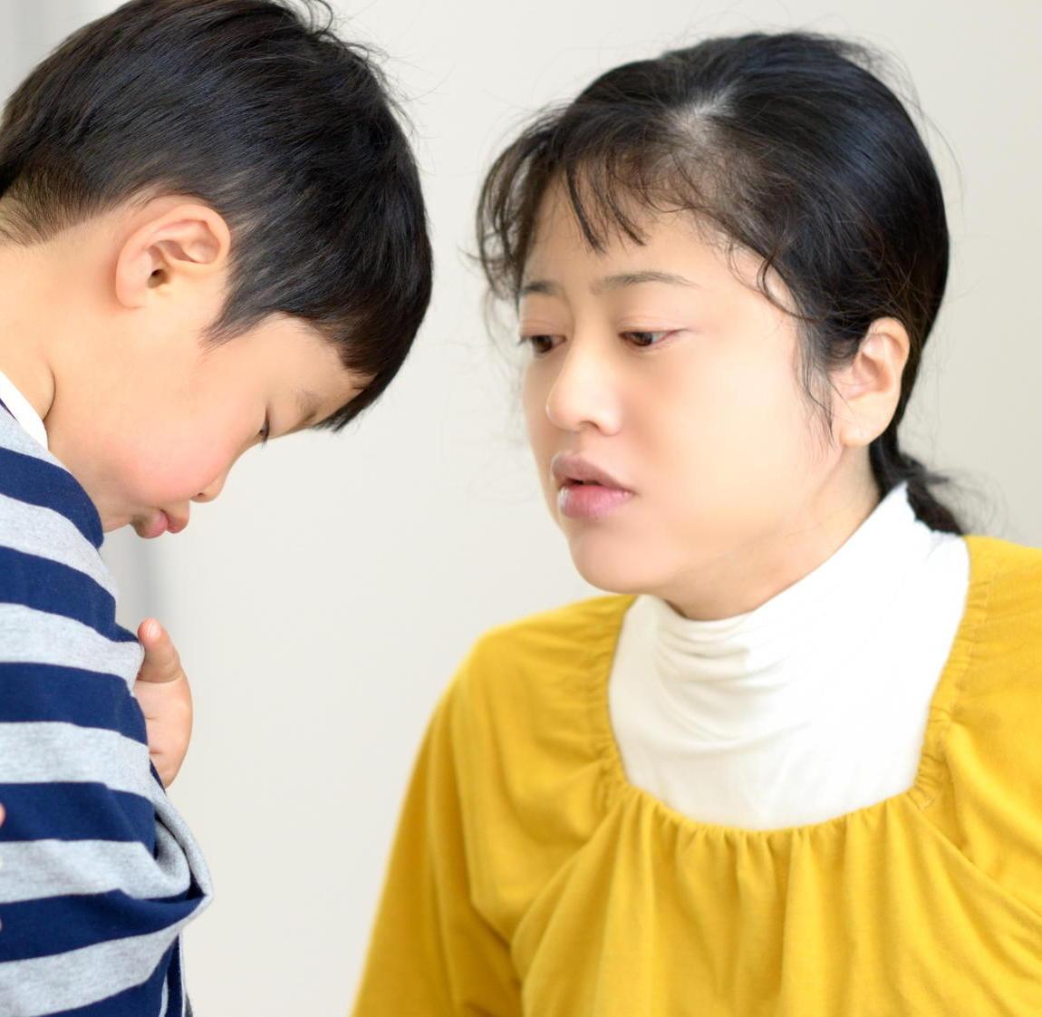 子育て中の親のスマホ依存が子どもに悪影響 スマホを置いて対話を