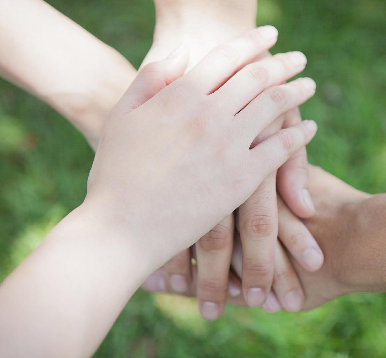 自殺予防を地域で強化 自治体向け「自殺対策計画」ガイドライン策定