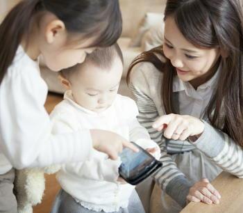 産後うつと関連して対児愛着が悪くなる 母親を早期支援し「ボンディング障害」を予防