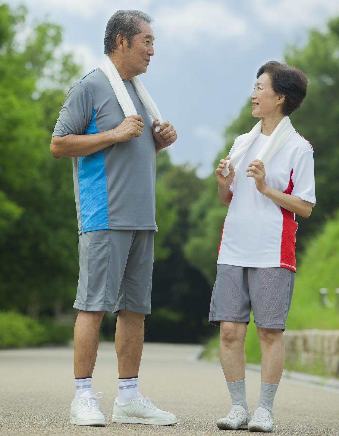 運動が高齢者の「ADL(日常生活動作)」を高める 1日1万歩を達成できなくても効果がある
