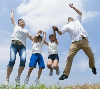 「グループ運動」は継続するのに効果的 「プラス・テン」で運動促進