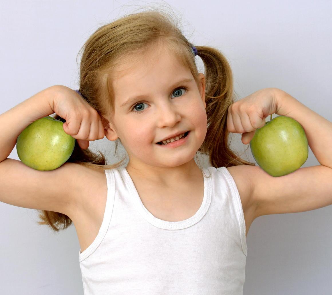 子どもの肥満予防に必要な条件は? 生活スタイル改善は早いほど良い
