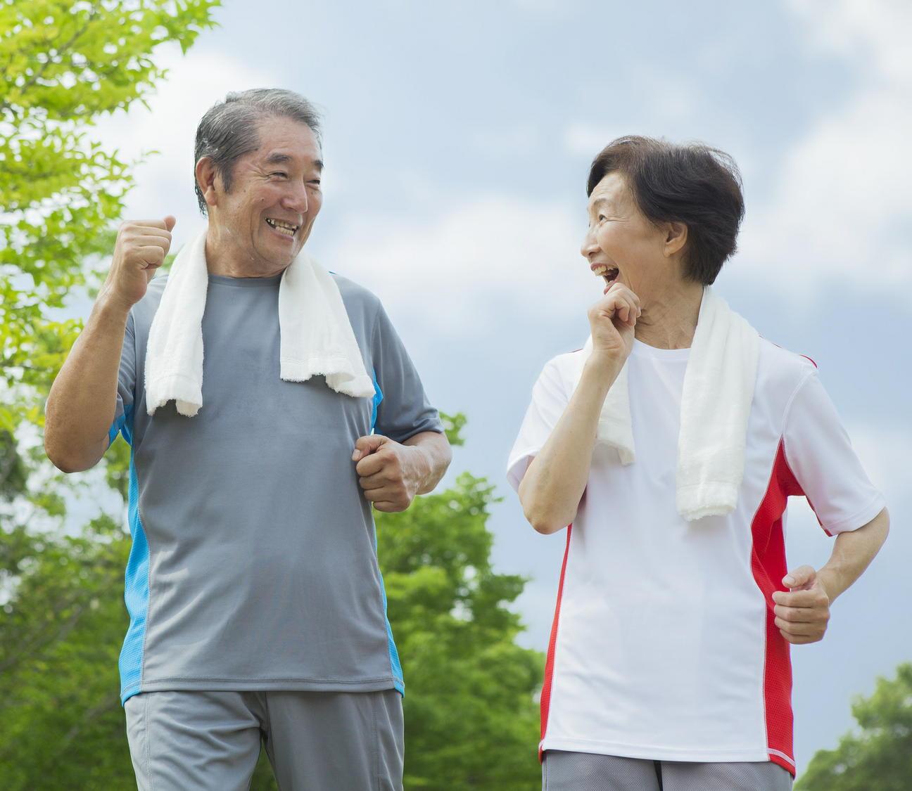 「高齢者は75歳から」と学会が提言 65~74歳は社会の支え手