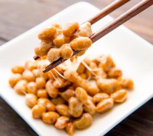 納豆はスーパーフード 脳卒中、虚血性心疾患の死亡リスク低下