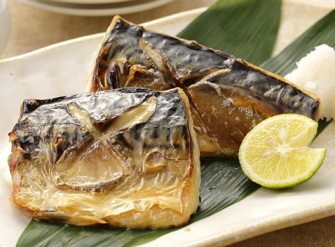 妊娠期に魚を食べた女性で「抑うつ」が減少 DHAとEPAは女性に有用