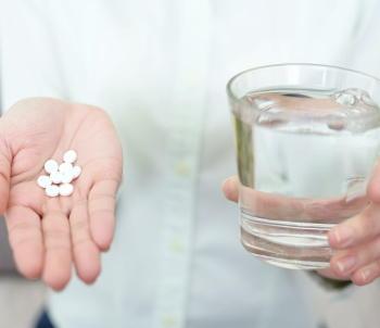 便秘薬「酸化マグネシウム」に副作用が 適正使用を呼びかけ 症状が出たときの対処法は?