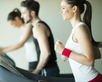 「おにぎりダイエット」で体重が減少 ご飯と運動で腹囲は減らせる