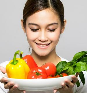 糖尿病の予防 「抗酸化物質」が豊富な野菜や果物が効果的