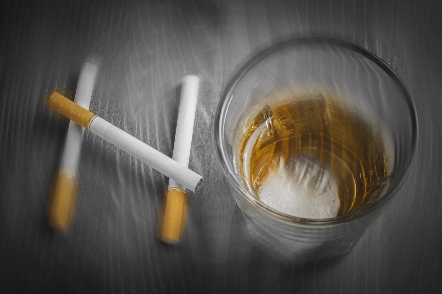 喫煙と飲酒が口腔・咽頭がんのリスクを上昇 たばこ、お酒でリスクは4倍に