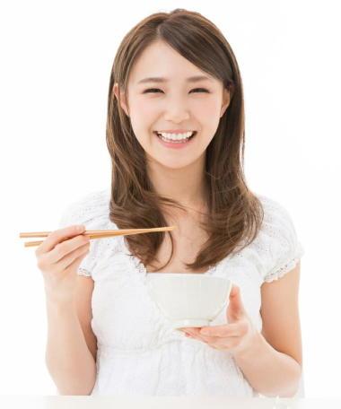 早食いほど肥満は増える 肥満予防に「ゆっくり食べる」と効果的