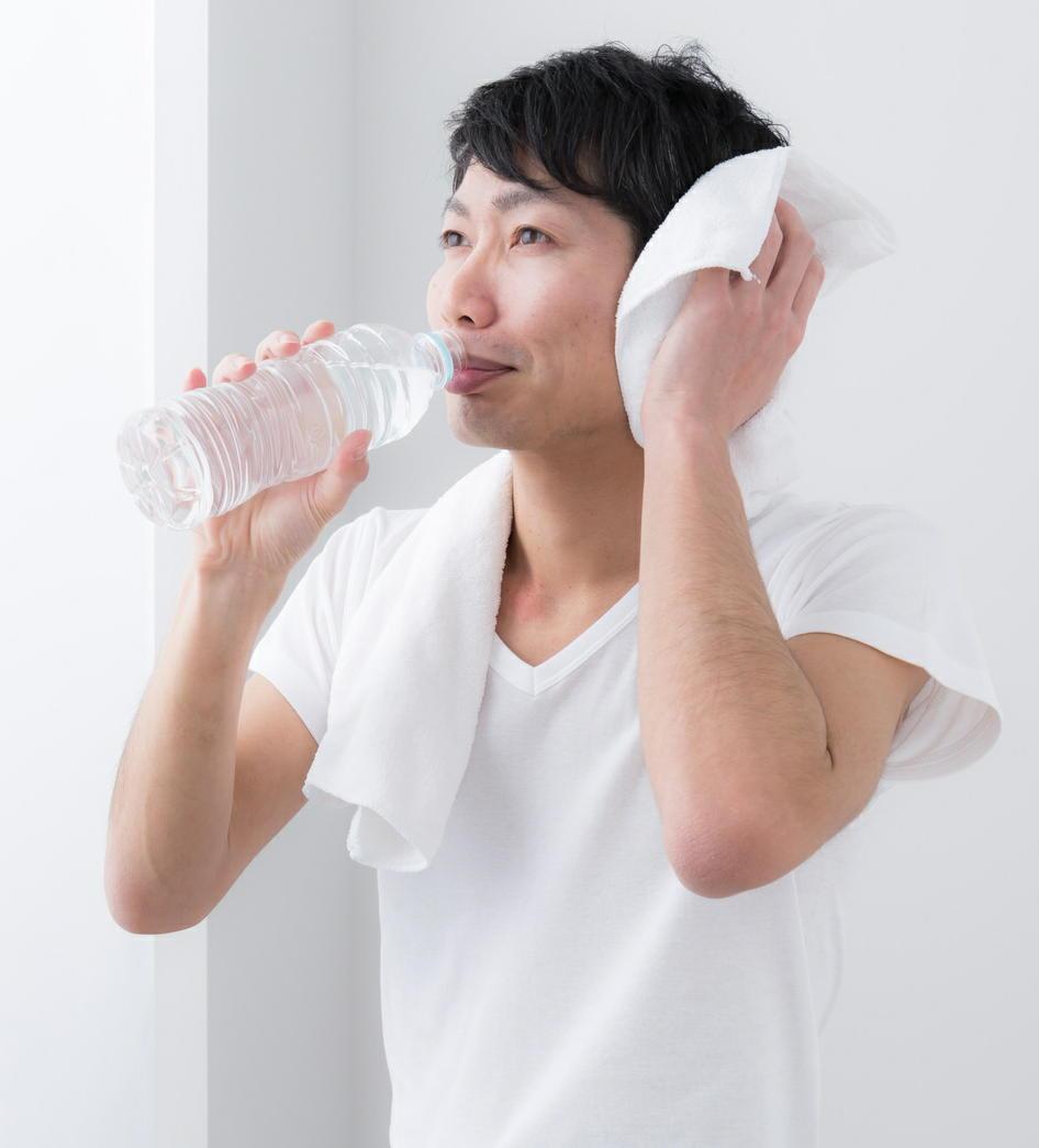 夏の夜は「心筋梗塞」の増加に注意 季節の日照時間によって発症に差