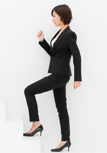 座ったままの時間を減らして運動を 運動がアンチエイジングの最良の手段に