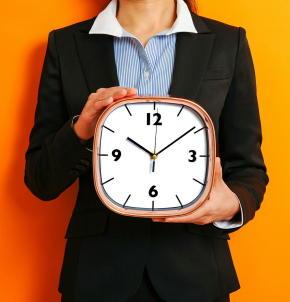 年末年始は「夜ふかし・朝寝坊」しない 「体内時計」で体のリズムを調整 6つの対策で生活を朝型に