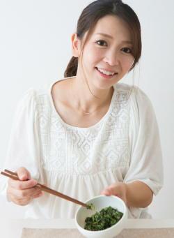 「低脂肪食」が女性の健康に大きく貢献 がんや糖尿病、心臓病のリスクが減少