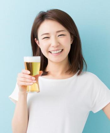 アルコールが乳がんリスクを1.5倍に上昇 女性ホルモンや発がん物質が影響? 日本人女性3万人を調査