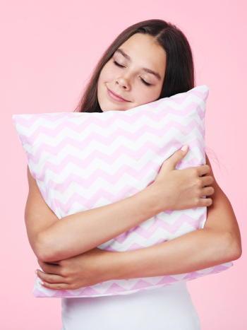 生活を朝型にする乳がんリスクを減少できる 睡眠障害はホルモン分泌に影響