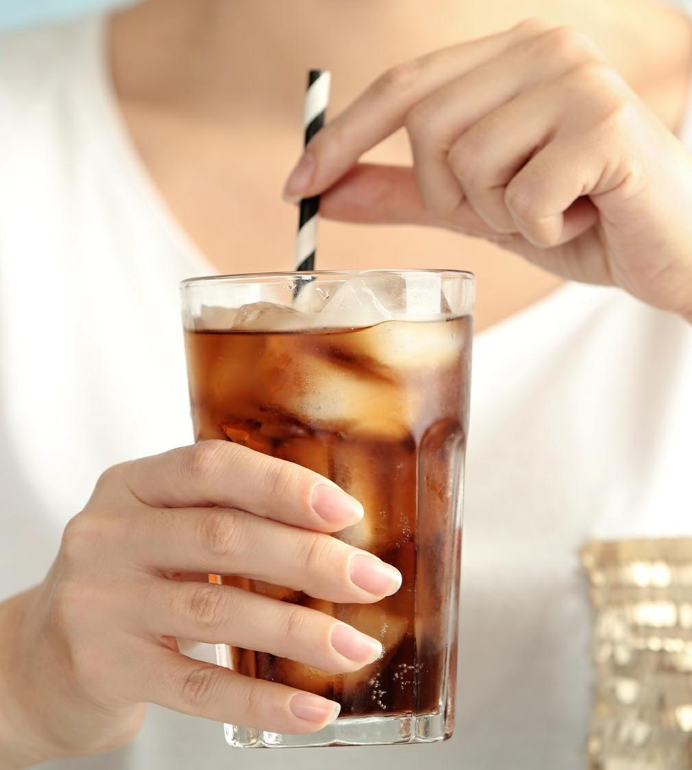 高カロリーの清涼飲料は肥満やメタボの敵 腎臓病のリスクも高める