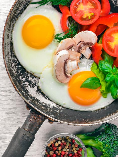 「卵を1日に1個」は健康的? 「卵」を食べると心筋梗塞や脳卒中のリスクが低下するという報告も