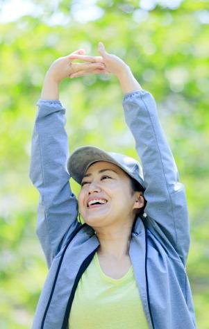 【新型コロナ】運動不足が重症化リスクを高める 肥満・メタボよりもさらに深刻 コロナ禍でもウォーキングなどの運動を
