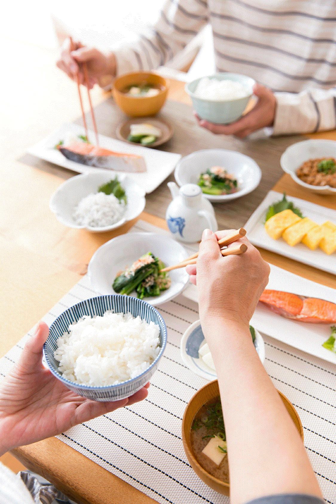 米を食べると肥満に対策できる 1日2杯のごはんが肥満度を低下