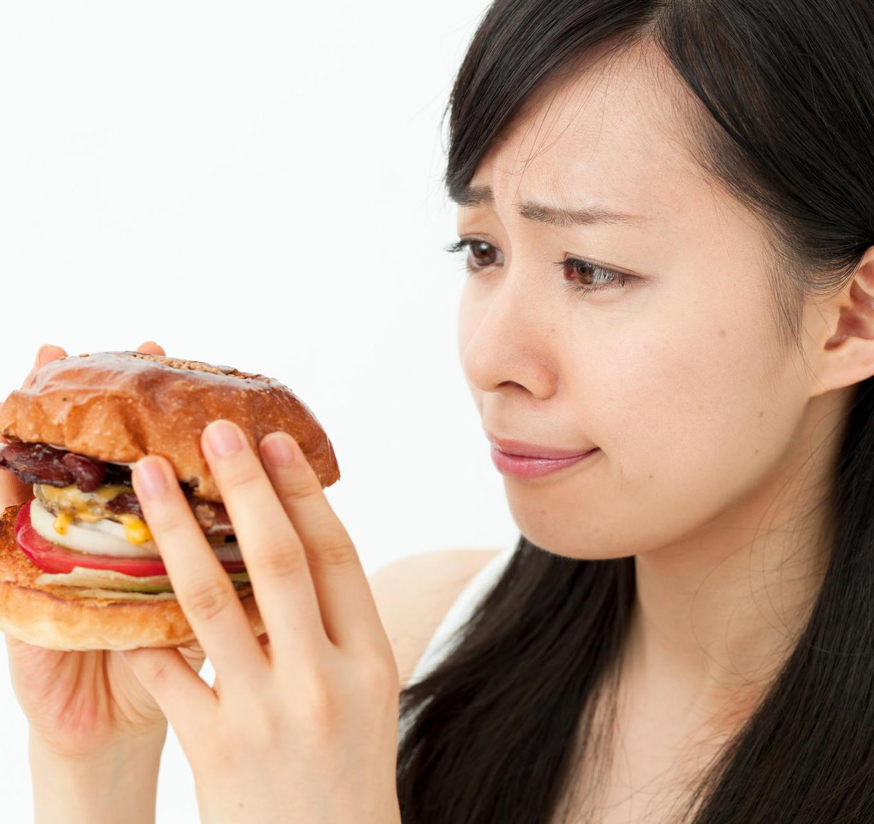 高脂肪の肉が「乳がん」リスクを上昇 代わりに低脂肪の鶏肉を食べるとリスクは減少