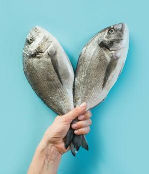 魚を食べると認知症を防げる 糖尿病の人は認知症になりやすい