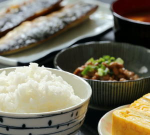 魚をよく食べる人ほど認知症の発症が少ない 日本食に認知症の予防効果 日本人1万3000人を調査