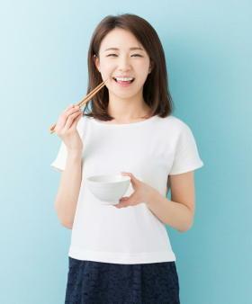 主食の炭水化物は50~55%を摂るのが最も健康的 「低炭水化物ダイエット」には限界があることも判明