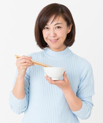 食後血糖値の上昇を抑制する新しい米を開発 難消化性デンプンが豊富な「まんぷくすらり」 秋田県立大