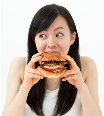 フライドポテトとソーセージの組合せは脳にも悪い 認知症リスクの低い食事スタイルとは