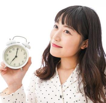 運動をすると睡眠を改善できるのはなぜ? ⽇中に活発なウォーキングを1時間⾏うと効果的 睡眠時の脳波を調査
