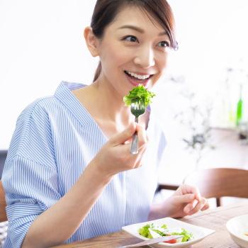 野菜3皿、果物2皿を毎日食べるともっとも健康的 食べ過ぎに注意が必要な野菜も判明 10万人を調査
