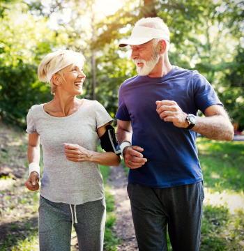 スマホの運動アプリで1日の歩数を2000歩増やせる 新型コロナをきっかけに、運動への関心は世界中で拡大