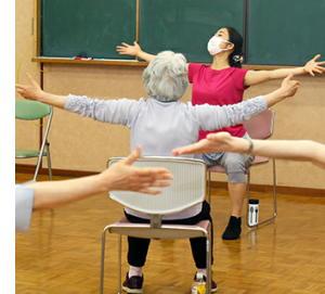 ダンスを通じてバランス・認知能力・運動能力を改善 パーキンソン病患者さんのためのダンス教室を開催