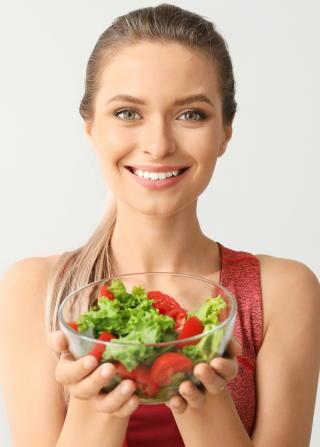 【新型コロナ】野菜や魚を食べると新型コロナが重症化しにくい 健康的な生活スタイルで感染対策