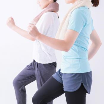 女性の肩・腰・手足の慢性的な痛みは、運動・フィットネスで改善できる 週2回以上の運動でメンタルも改善